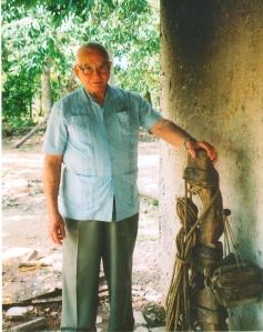 Ese es un yugo con sus avíos de coyndas y frontiles